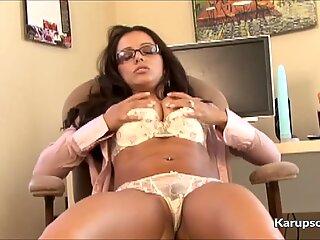 Hot Milf Francesca Dildo Masturbates