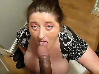 brit plumper inhaling cock