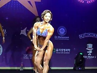 Korean FBB cute posing bikini 2