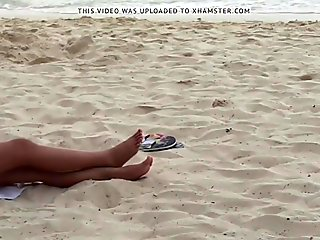 Filipina girlfriend feet at beach