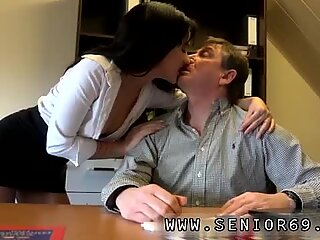 Young amateur public sex and japanese shaved solo Woody doesn't know