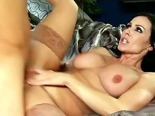 Beautiful milf Kendra Lust rides young due and he cums on her belly