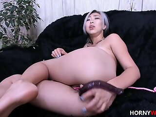 Asian Harlot Squirting Her Pussy