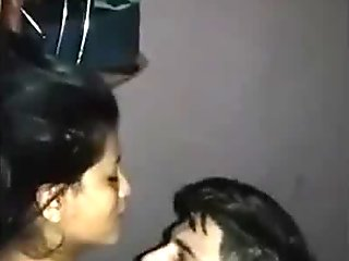 WDesi hot guy fucking his gf