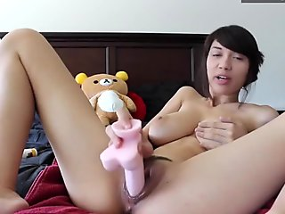 Delightful Asian Teen sandgirl21 From Hotdate.pw Demonstrating the Goods