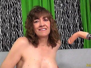 An Orgasmic Machine pounding for sex-positive grandma Babe Morgan
