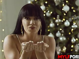 Gorgeous Latina MILF Leila Larocco is excited for the new years countdown and celebrated it by starting a hot hardcore sex.