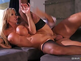 Amber Lynn likes sucking big cock of Keiran Lee