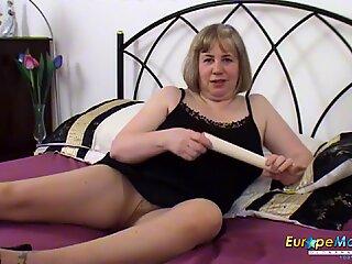 EuropeMaturE British Mature Hot Solo Masturbation