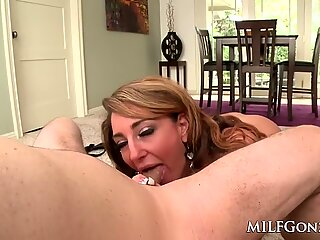 MILFGonzo Savannah Fox gives a sloppy pov bj with facial